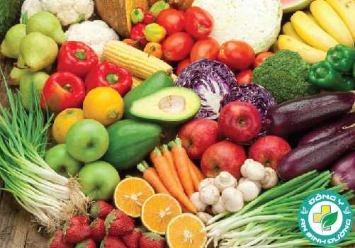 Ăn thực phẩm đa dạng và nhiều màu sắc để đảm bảo cơ thể đủ chất dinh dưỡng
