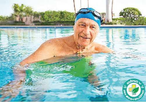Bơi thích hợp cho mọi lứa tuổi