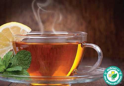 Nếu bạn quen uống trà rất nóng, hãy từ bỏ ngay