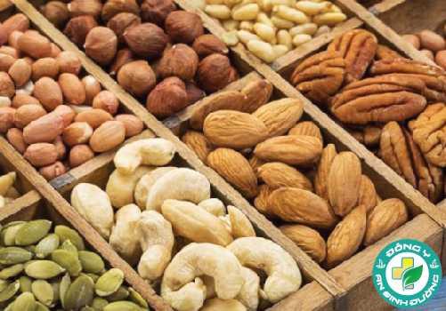 Các loại hạt là một nguồn tuyệt vời của protein, chất xơ, chất béo có lợi cho tim và vitamin