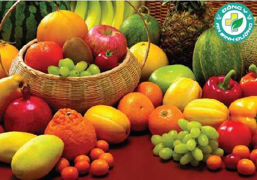 Ăn nhiều loại thực phẩm giàu chất xơ, như trái cây, rau và ngũ cốc để tránh bị Cholesterol cao