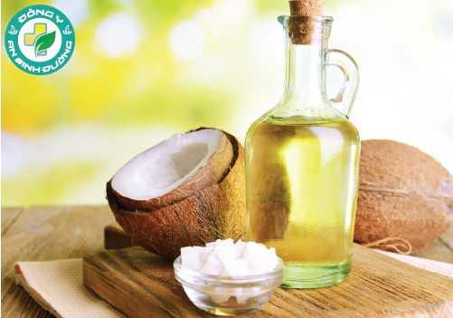 Axit lauric và monolaurin trong dầu dừa có tác dụng diệt khuẩn giúp chữa viêm lợi