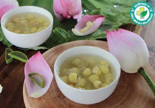 Hạt sen là một món ăn đầy bổ dưỡng và nhiều lợi ích cho sức khỏe