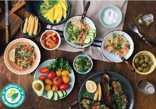 Chế độ ăn nhiều rau, trái cây và ngũ cốc dẫn đến lợi ích liên quan đến ung thư vú, bệnh tim mạch vành và bệnh tiểu đường