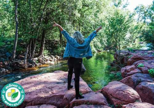 Hòa mình vào thiên nhiên là một cách giảm căng thẳng rất tốt