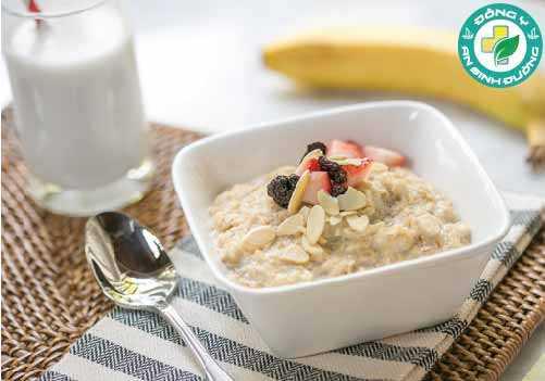 Sữa có thể kết hợp vào trong nhiều món ăn hoặc uống trực tiếp