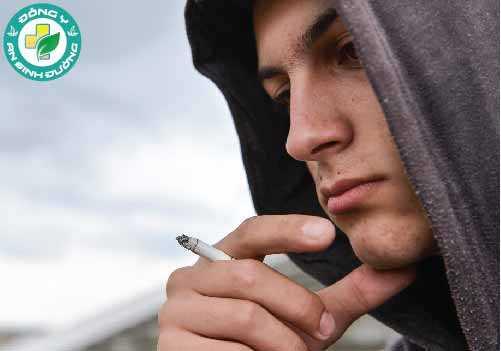 Liệu có mối quan hệ giữa hút thuốc lá và sức khỏe tâm thần?
