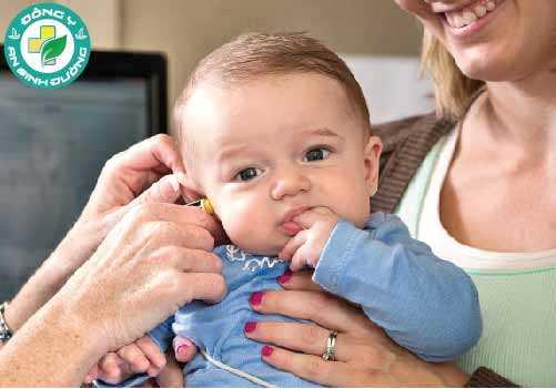 Rất khó để kiểm tra thính giác với trẻ sơ sinh, người có vấn đề nhận thức hay đột quỵ