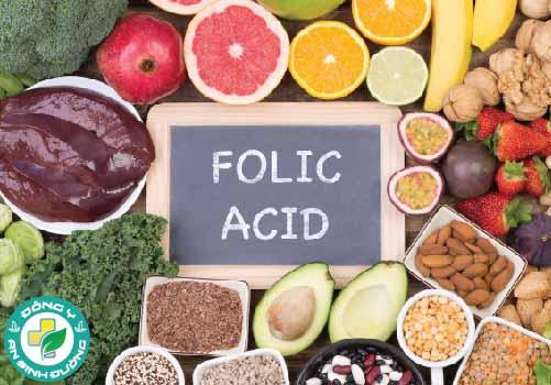 Folate tự nhiên được tìm thấy trong nhiều loại thực phẩm bao gồm rau lá xanh, củ cải đường, bông cải xanh và nhiều loại thực phẩm khác